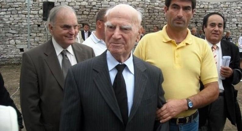 Πέθανε ο Στυλιανός Παττακός σε ηλικία 104 ετών
