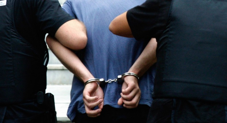 """Ηλεία: Δύο συλλήψεις για καλλιέργεια χασίς - Στη """"φάκα"""" 55χρονος και 56χρονη"""