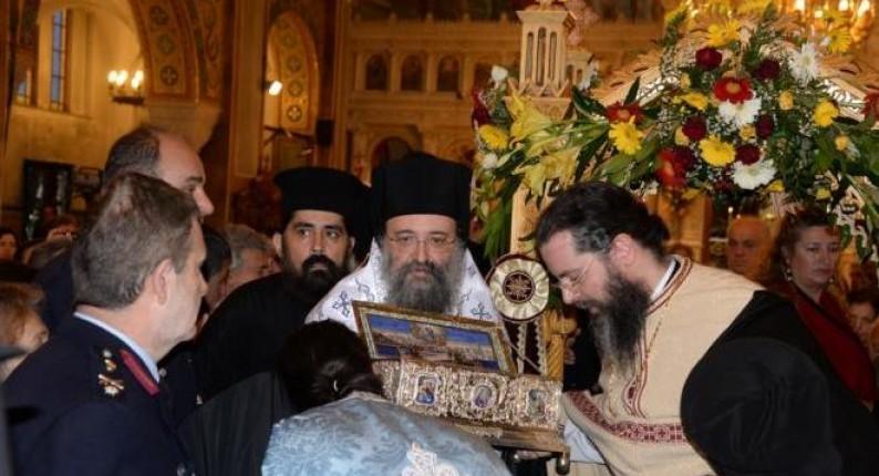 """Πάνω από 150.000 προσκύνησαν την Αγία Ζώνη της Παναγίας - Δριμεία επίθεση του Μητροπολίτη Πατρών σε όσους """"θέλουν την Ελλάδα αποκομμένη από τις πνευματικές της ρίζες"""""""